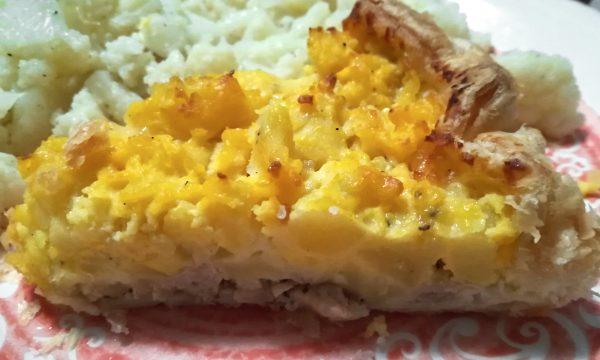 SBRICIOLATA di patate salsiccia e mozzarella