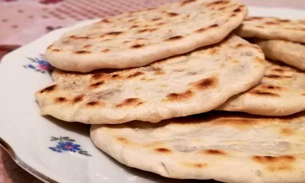 Pita Greca o Pane Arabo (con e senza lievito)