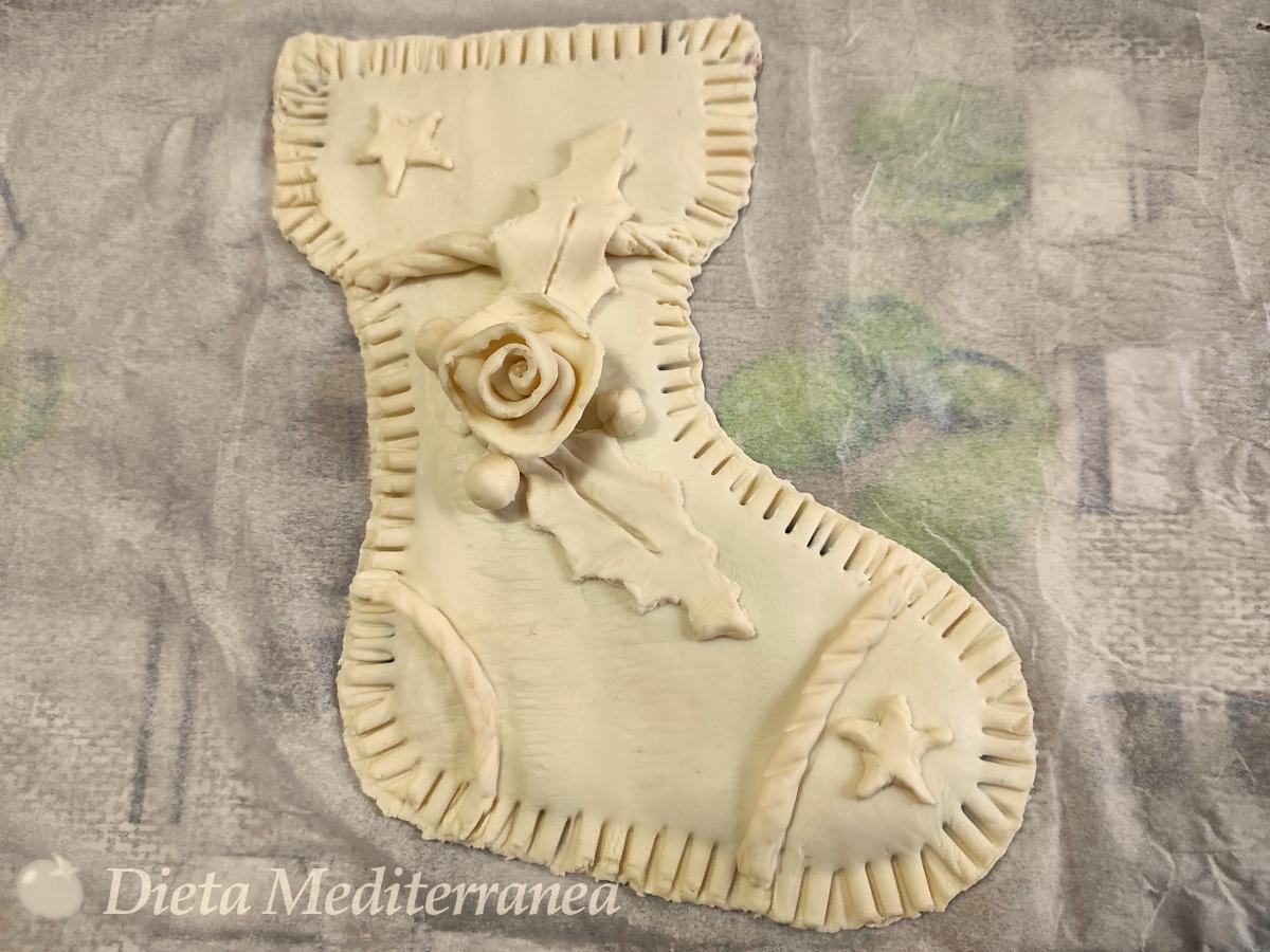 CALZA della Befana con pasta sfoglia by Dieta Mediterranea