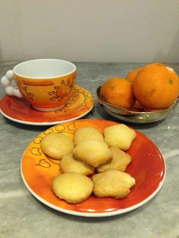 Le dolcette gluten free di Michela: fagottini dolci di sfoglia ripieni e biscotti glassati al mandarino
