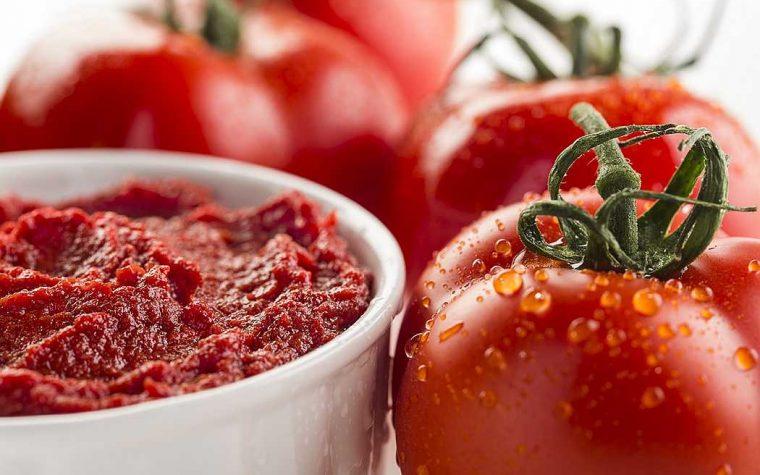 """""""Pummarola day"""", a Napoli: tra studio, degustazione ed assaggio dell'oro rosso partenopeo"""