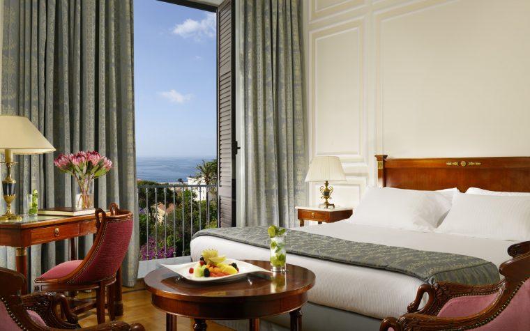 Metti un San Valentino a Napoli, al Grand Hotel Parker's…
