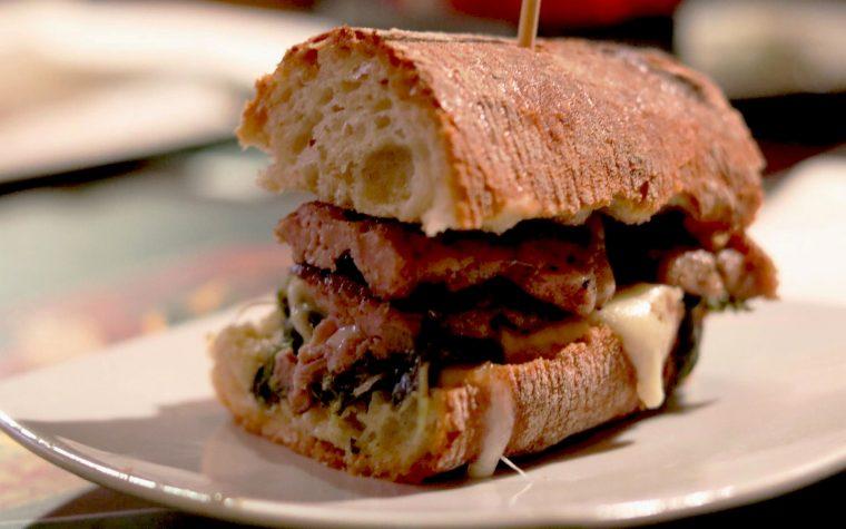 """Al pub """"The Kilt"""" di Pomigliano (Na), il 3 marzo, si fa festa con un panino ad alta idratazione"""