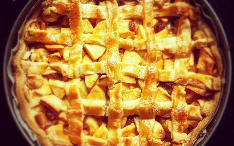 Le ricette della Lady: crostata di mele e crema