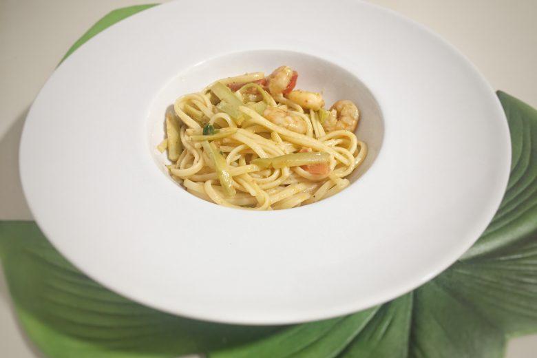 Linguine zucchine e gamberi piccanti