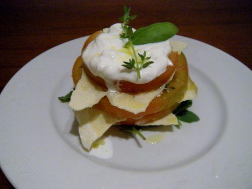 Millefoglie di pomodoro e pane carasau