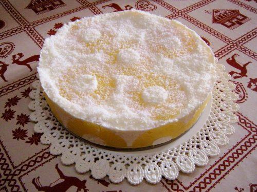 Cheesecake al cioccolato bianco ananas e cocco