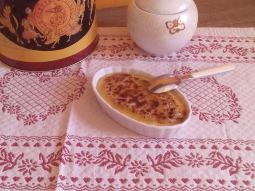 Crema catalana con cioccolato fondente all'arancia