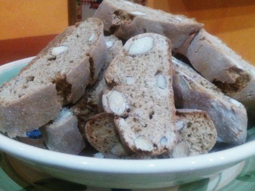 Cantuccini di farina di castagne e mandorle