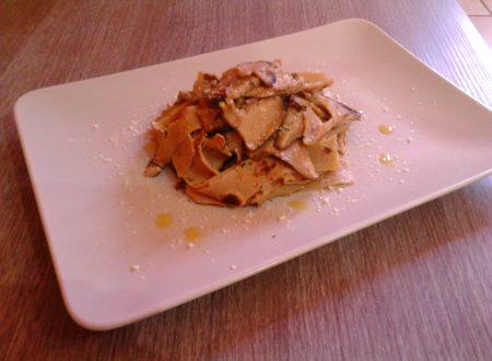 Pappardelle di crepes di castagne con funghi porcini