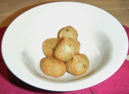 Bocconcini di pasta lievitata al granchio