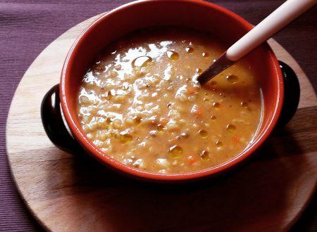 Zuppa del frantoio con zucca e curry