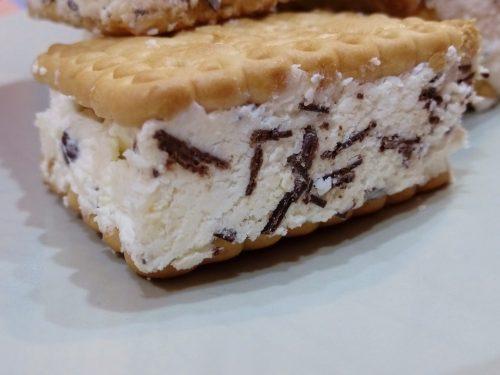 Biscotti gelati 3 gusti amarene cocco e cioccolato
