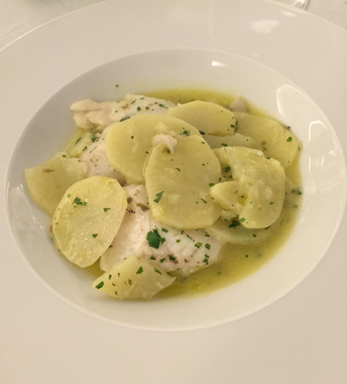 Merluzzo in umido con patate la forchetta d 39 argento for Casa del merluzzo