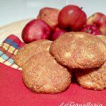 Biscotti alla mela dal cuore morbido