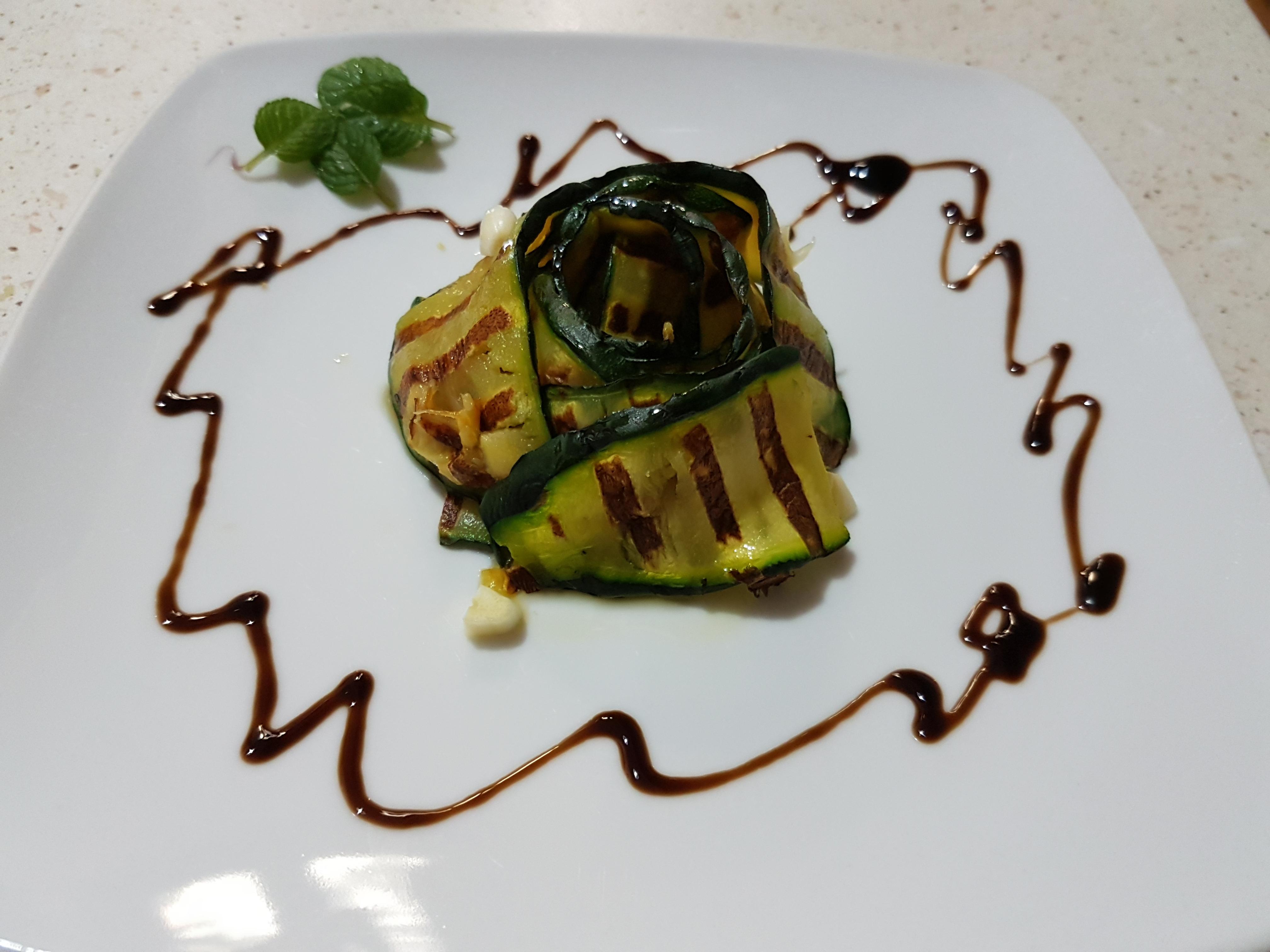 Zucchine grigliate con aceto e menta