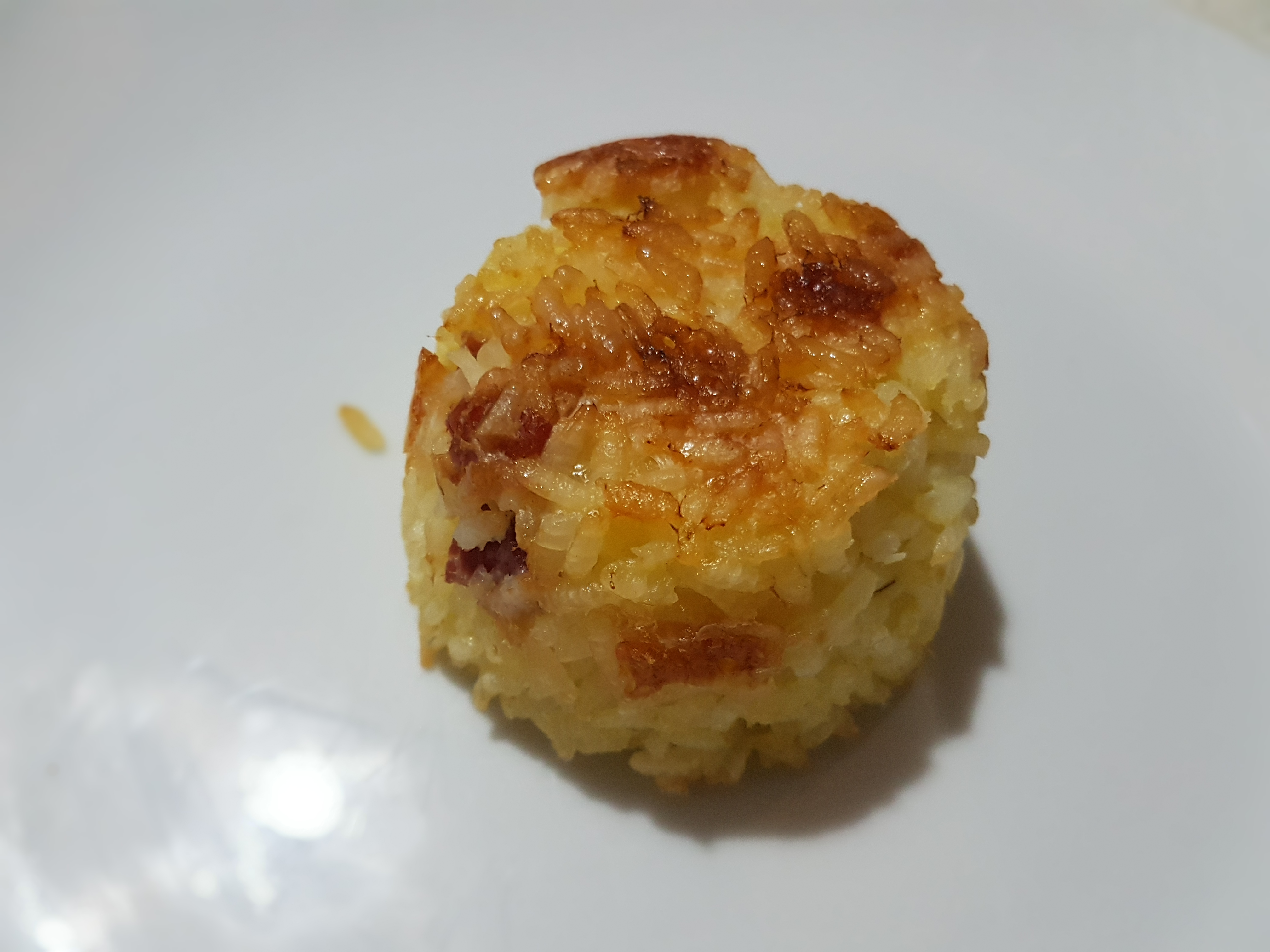 Tortino di riso con pancetta e mozzarella