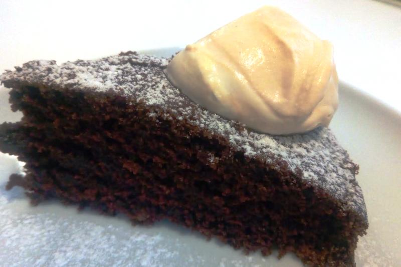 Bitter flourless chocolate cake with coffee cream