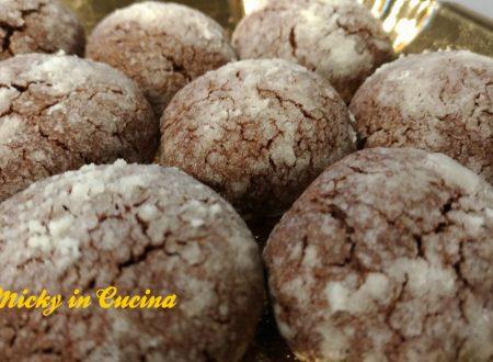 Biscotti al cioccolato con crepe