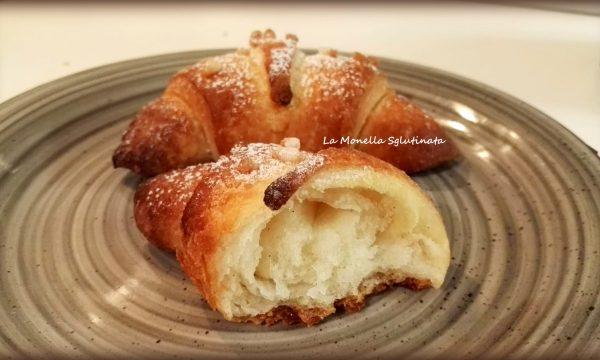 Croissant sfogliati della monella senza glutine