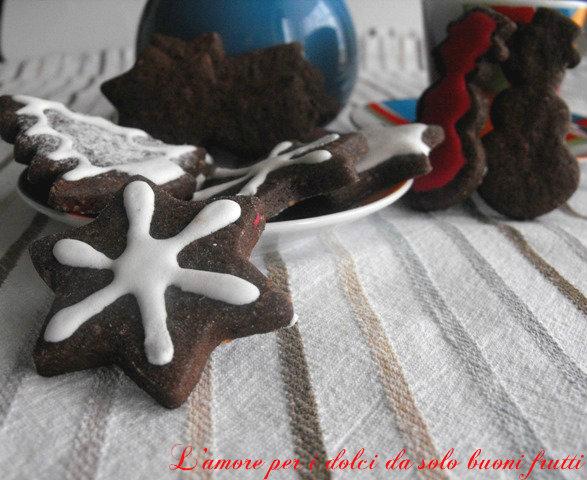 Biscotti con cacao e nocciole firmato