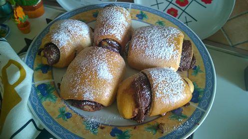 Pan brioche dolce con nutella