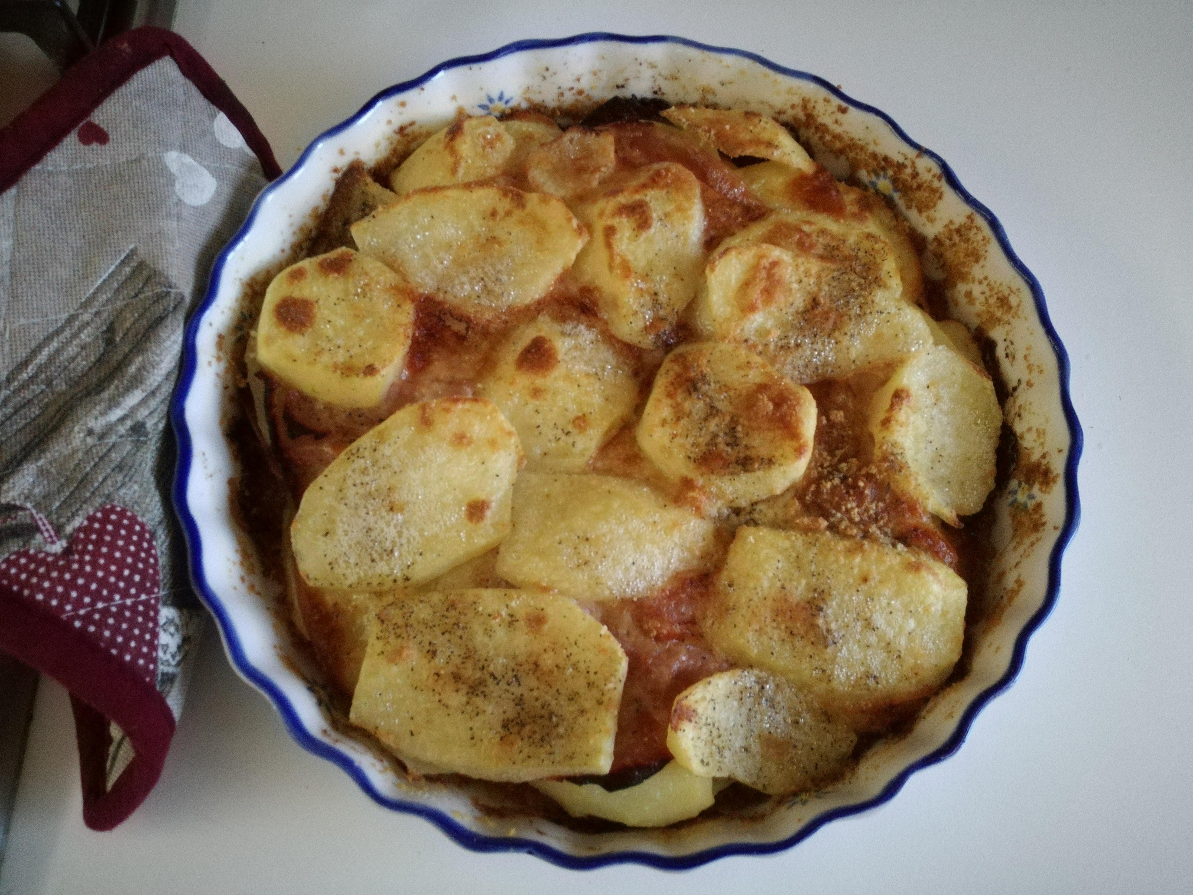 Sformato di patate con prosciutto cotto e scamorza affumicata