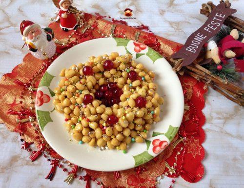 Struffoli napoletani ricetta facile