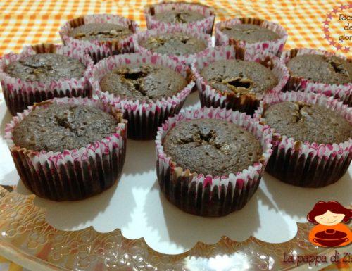 Muffins al cacao con cuore al caramello