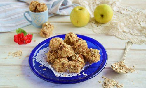 Biscotti senza zucchero mela e avena