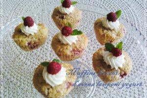 Muffins fiocchi d'avena e lamponi