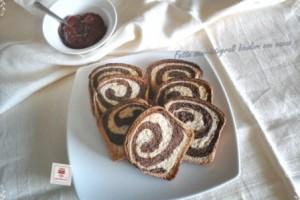 Fette biscottate bicolore con pasta madre