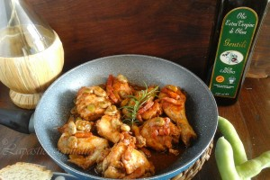 Pollo in umido con fave e pancetta
