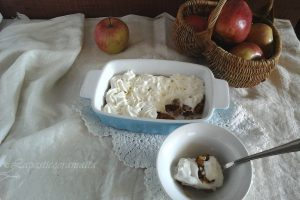 Æblekagen dolce di mele danese senza cottura