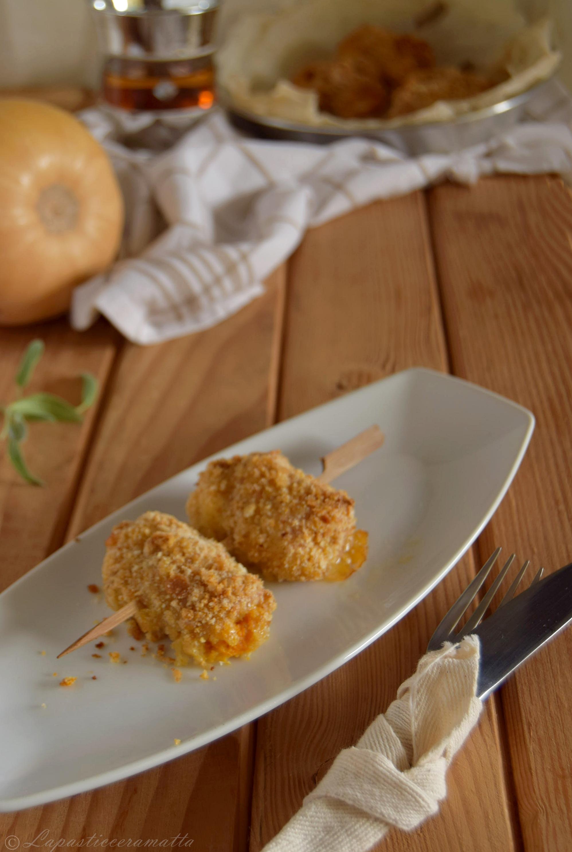 Spiedini di pollo al forno con zucca e provolone