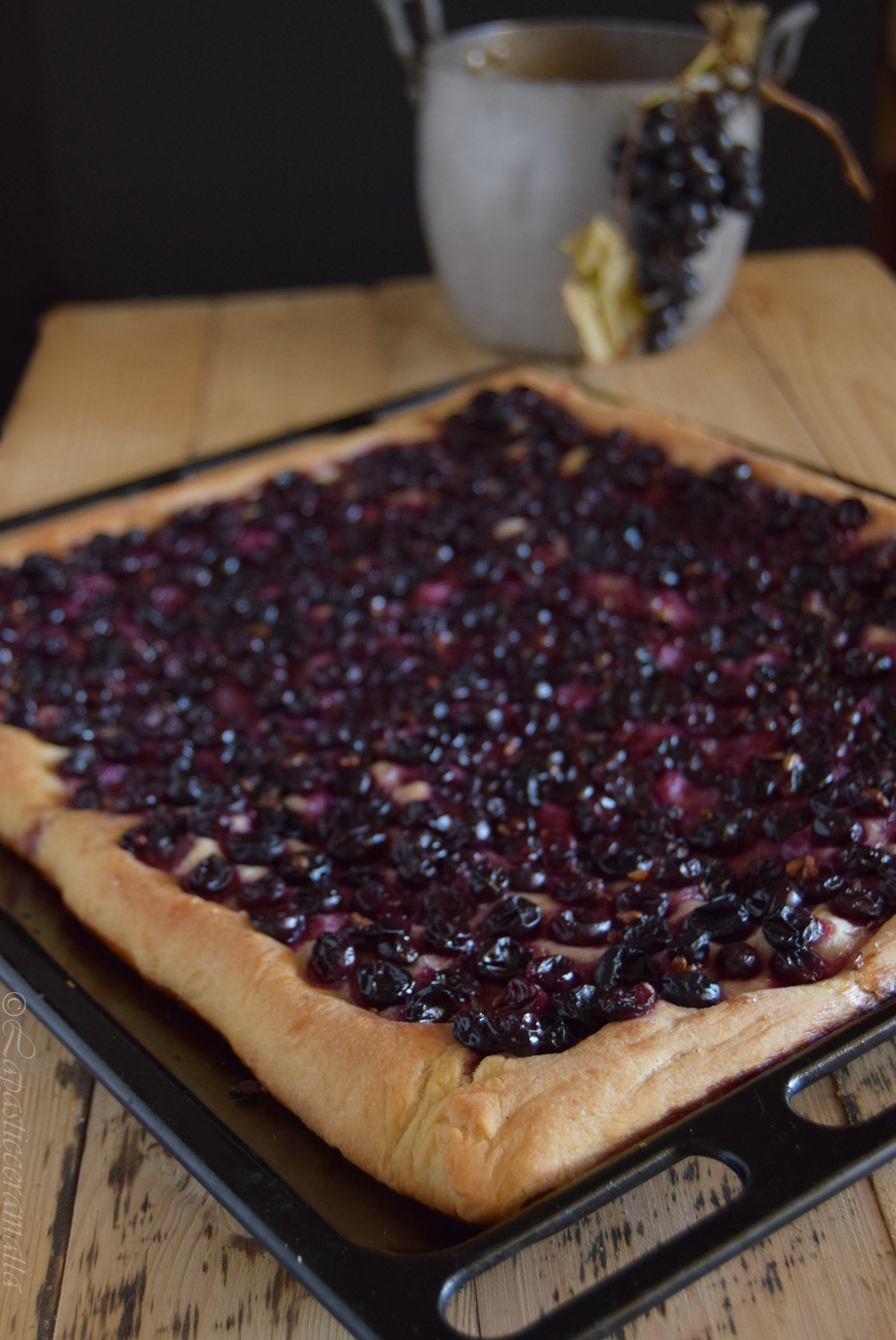 Panello con l'uva ricetta toscana