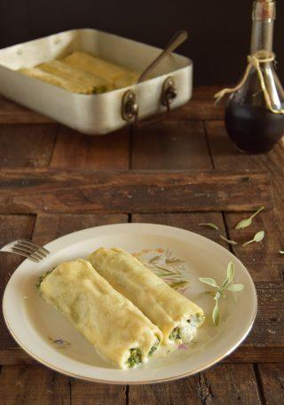 Cannelloni ricotta spinaci e funghi CLICCA SOTTO PER LA RICETTA ↓↓↓ http://blog.giallozafferano.it/lapasticceramatta/cannelloni-ricotta-spinaci-e-funghi/