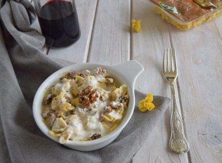 Nodini gratinati gorgonzola noci e salsiccia-ricetta veloce senza besciamella