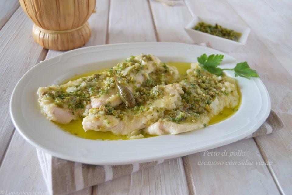 Petto di pollo cremoso con salsa verde