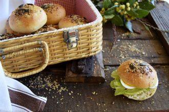 Ricetta panini con semi e pasta madre