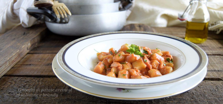 Gnocchi di patate cremosi al salmone e brandy