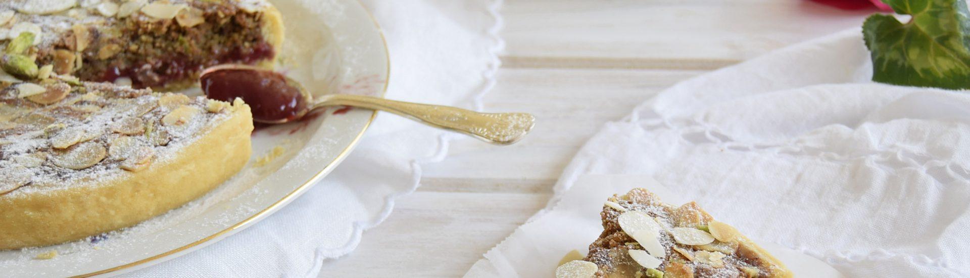 Bakewell tart con pistacchi