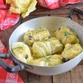 Involtini di verza ripieni di pane e olive