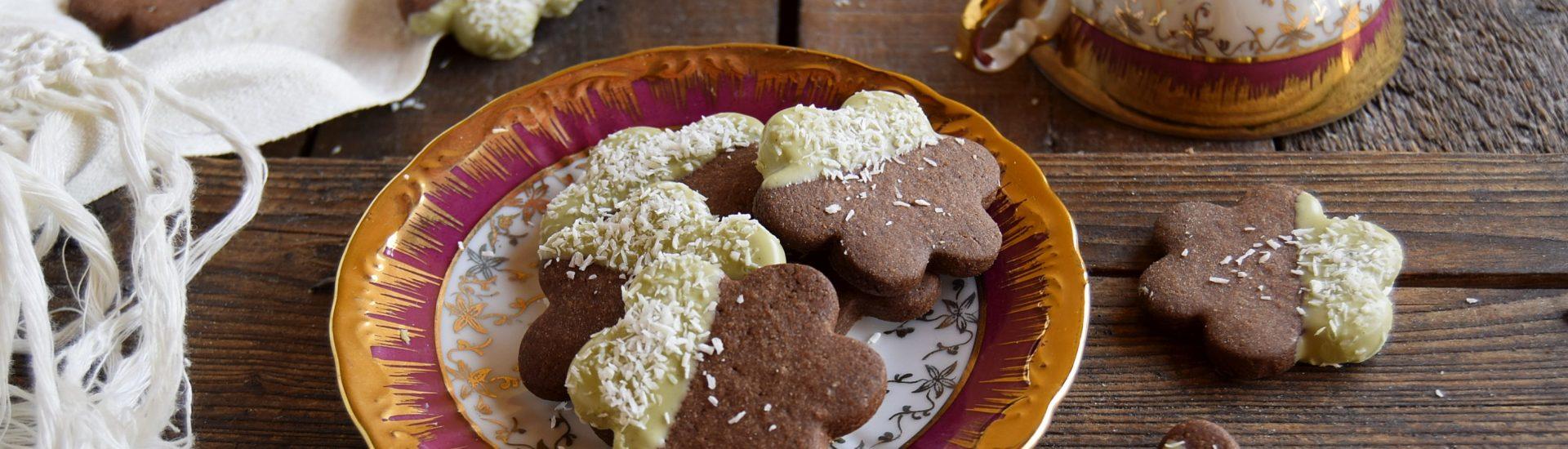 iscotti al cioccolato glassati al pistacchio