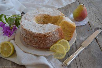 Torta alle pere e yogurt al limone