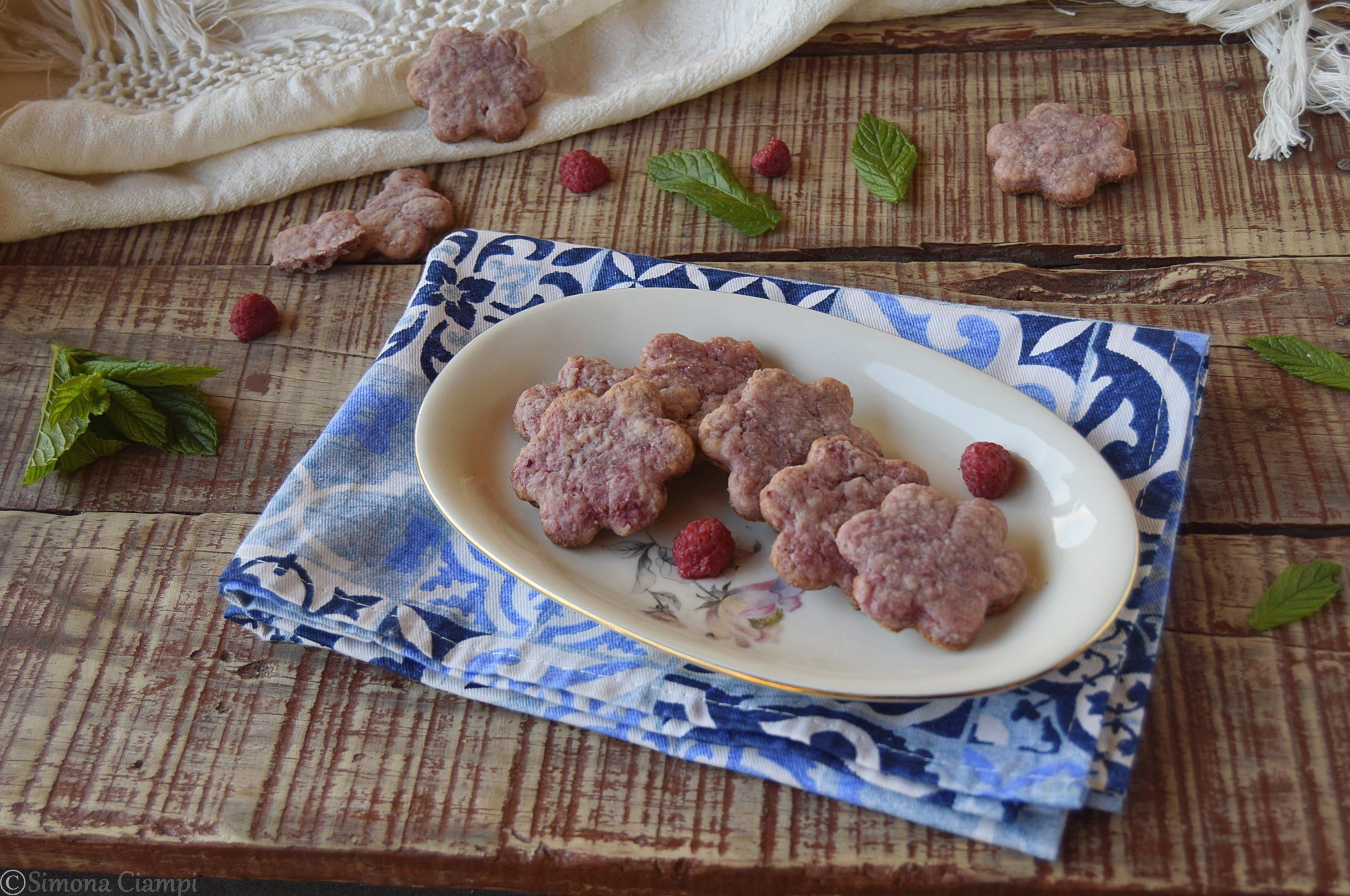 Biscotti ai lamponi e miele