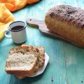 Pan bauletto al latte e cereali con lievito naturale