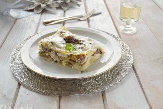 Lasagne ai funghi e salsiccia con stracchino senza besciamella