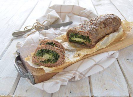 Polpettone al forno ripieno di spinaci e mozzarella