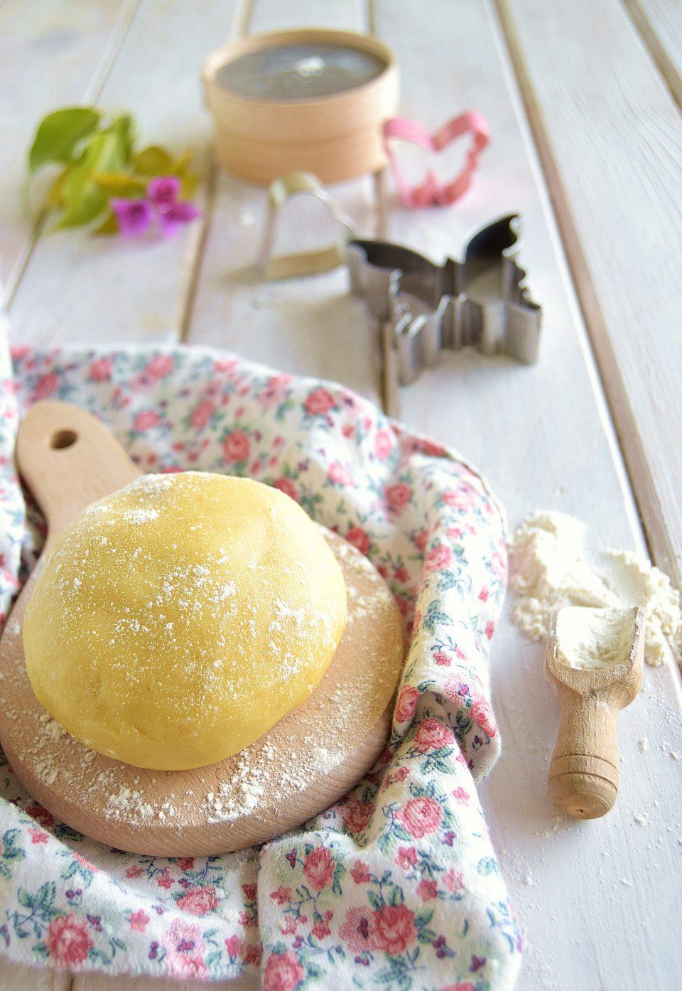 Ricetta della pasta frolla per crostata e biscotti